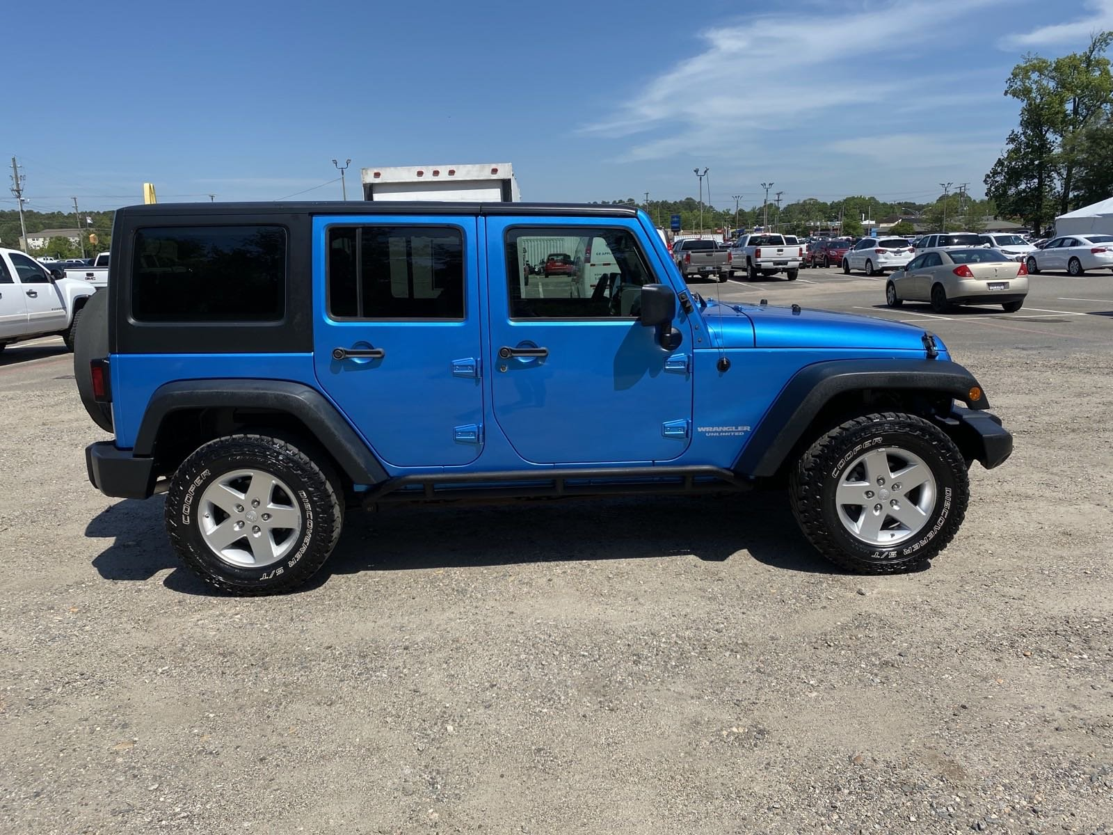 Pre-Owned 2010 Jeep Wrangler Unlimited Unlimited Sport