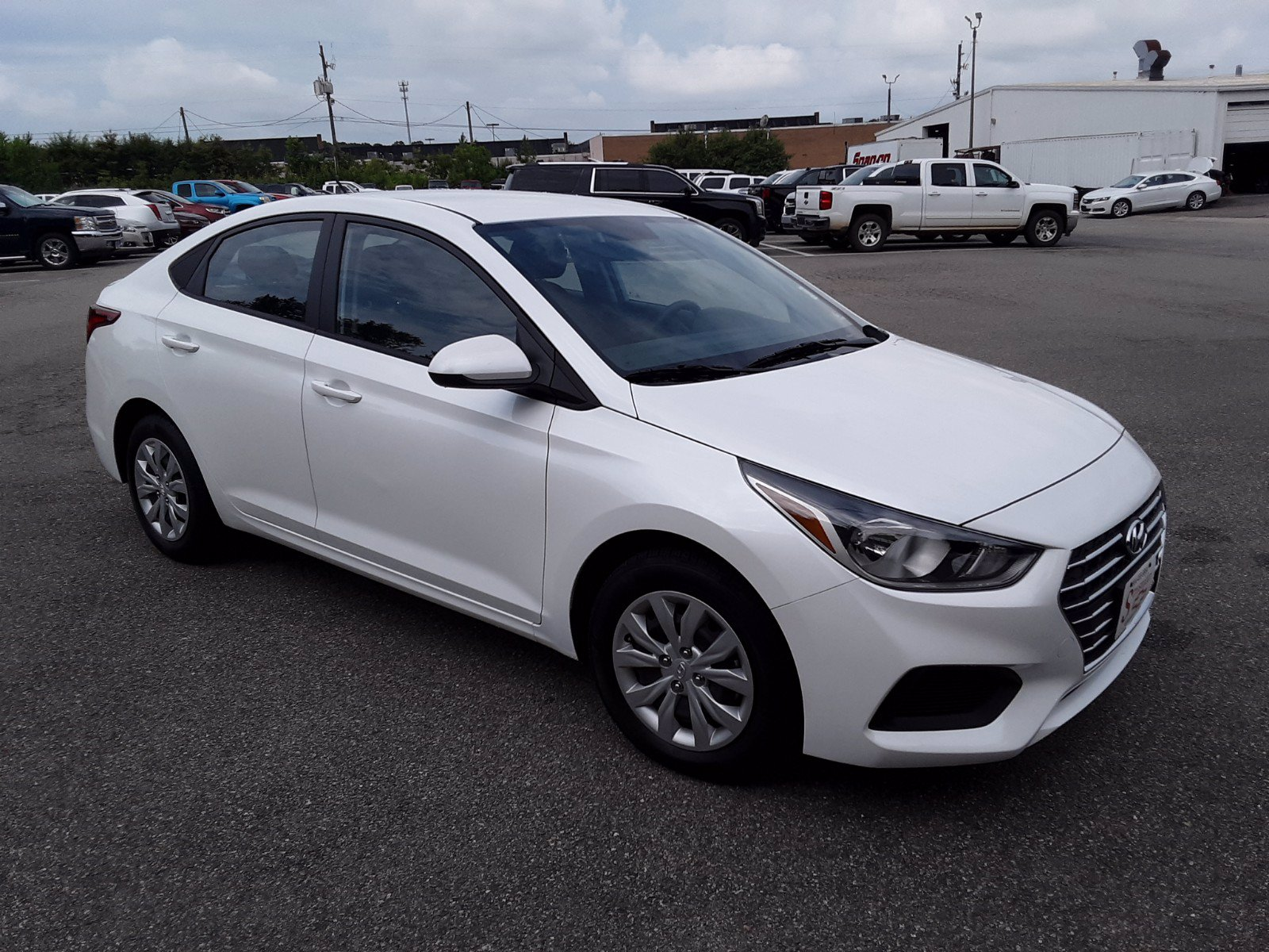 Pre-Owned 2020 Hyundai Accent SE